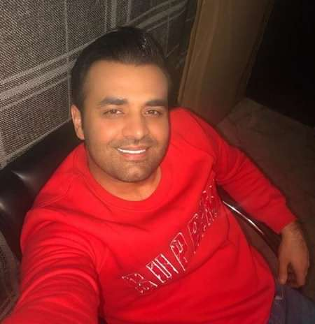 دانلود آهنگ جدید میثم ابراهیمی لبخند عروسکی + متن ترانه